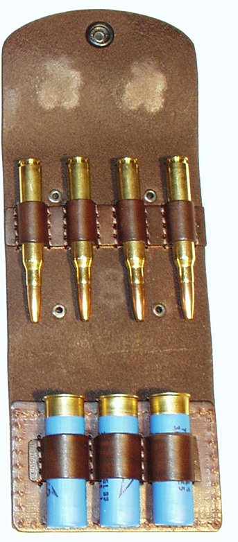 pouzdro na 4 kulové a 3 brokové náboje