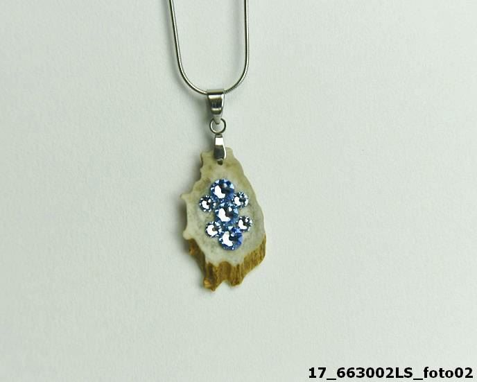 Náhrdelník srnčí s kamínky Light Saphire Swarovski Crystal