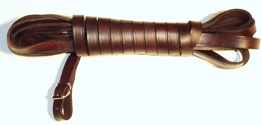 Barvářská šňůra plochá šíře 14mm hnědá – ukončení přezkou 8m